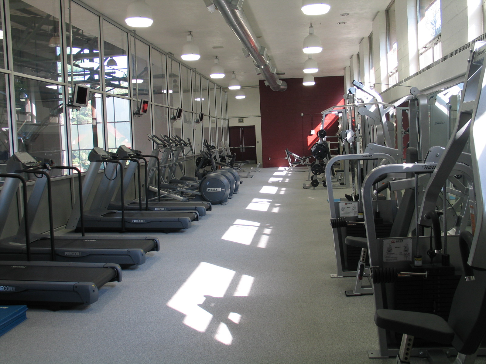 Leadership 100 Fitness Center