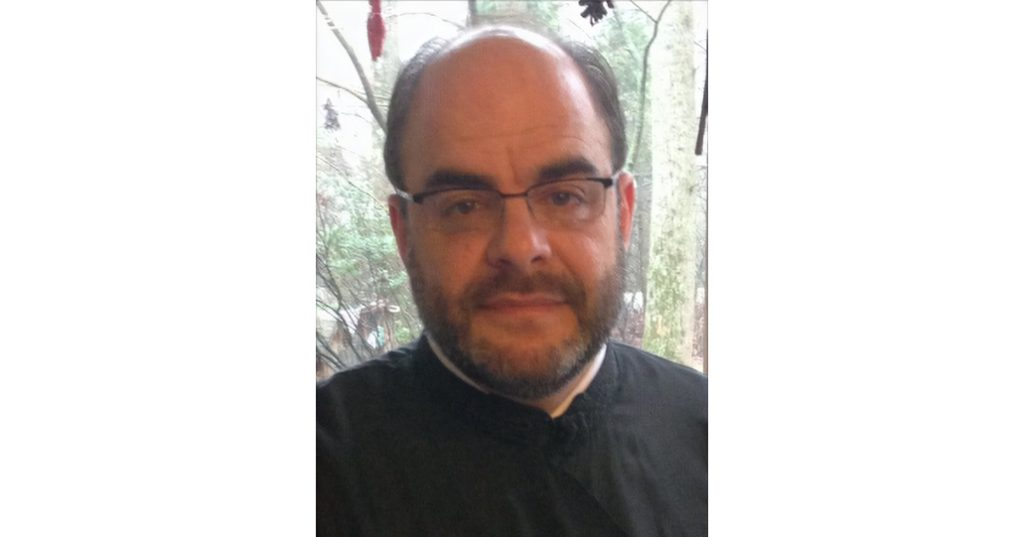 REV. DR. GEORGE PARSENIOS TO TEACH AT HOLY CROSS THIS FALL